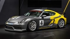 Yeni başlayanlar için Cayman GT4 Clubsport