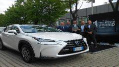 Lexus'un 1 milyonuncu hibriti yola çıktı!