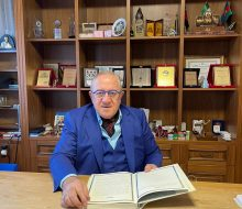 İş insanı Ali Polat, kazandıklarını kitaplara yatırdı