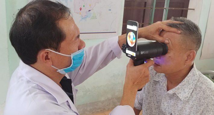 Galaxy akıllı telefonlar, göz hastalıklarının tespitinde kullanılıyor